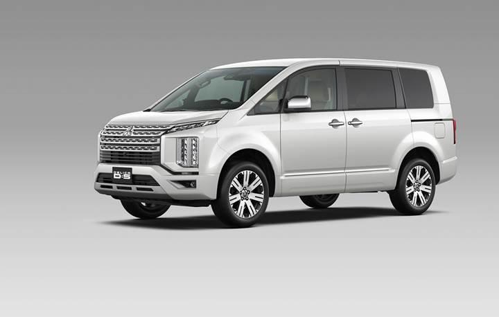 Mitsubishi'den SUV-minivan karışımı yeni model: D:5 Delica