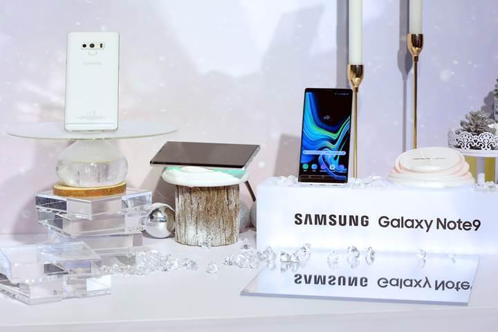 Samsung kar beyazı Galaxy Note 9 modelini tanıttı
