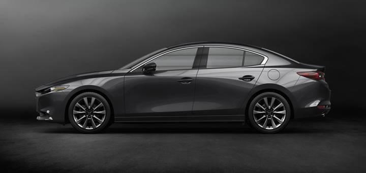 2019 Mazda 3 tanıtıldı: yenilenen donanımlar ve Skyactiv-X motor