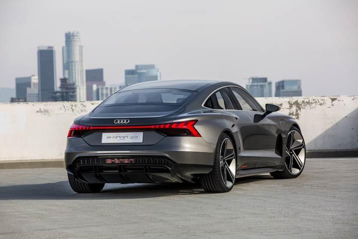 Audi e-tron GT Concept tanıtıldı! Elektrikli otomobil sınıfının yeni yıldızı