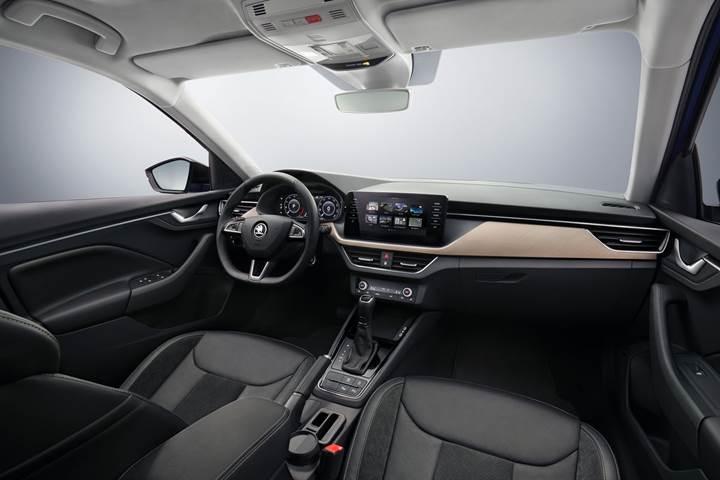 Volkswagen Golf'e rakip olacak Skoda Scala'nın ilk kabin görselleri paylaşıldı