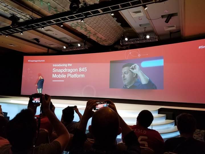 Qualcomm'un yeni üst sınıf yonga seti Snapdragon 8150 olarak adlandırılmayacak