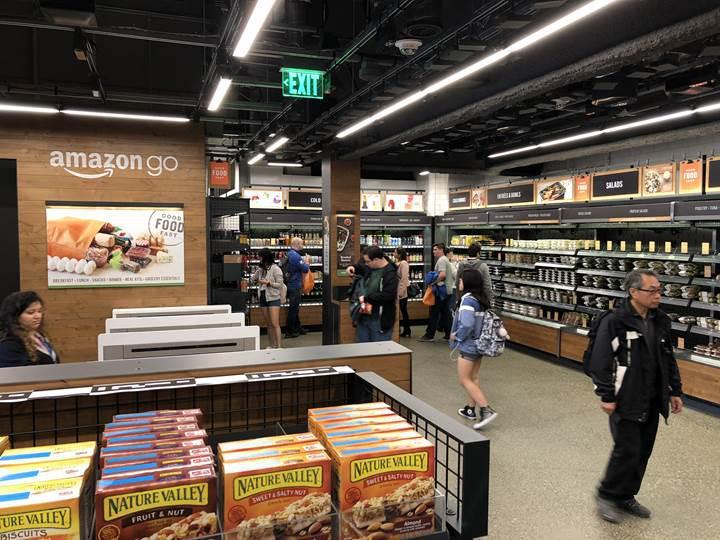 Amazon, kasiyersiz marketlerini büyütüyor