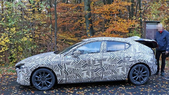 2020 Mazda 3 Hatchback Kameralara Yakalandi