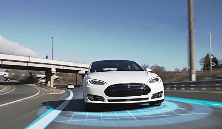 Samsung, Tesla'nın otonom araçları için yonga üretebilir