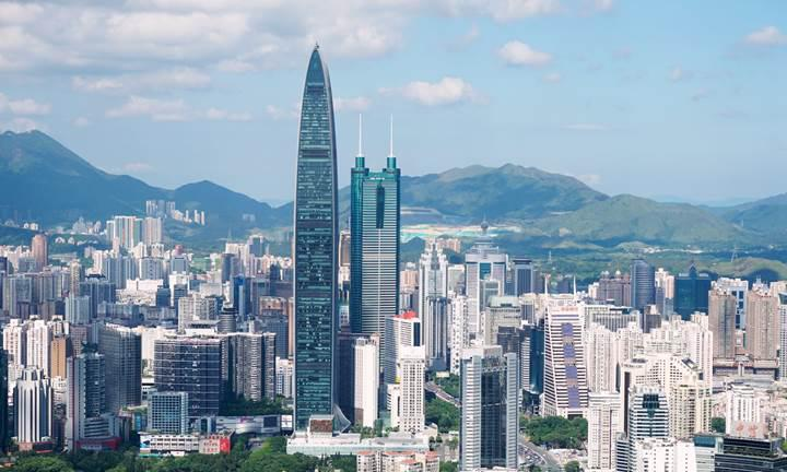 Shenzhen tüm toplu taşıma otobüsleri elektrikli olan dünyanın ilk şehri
