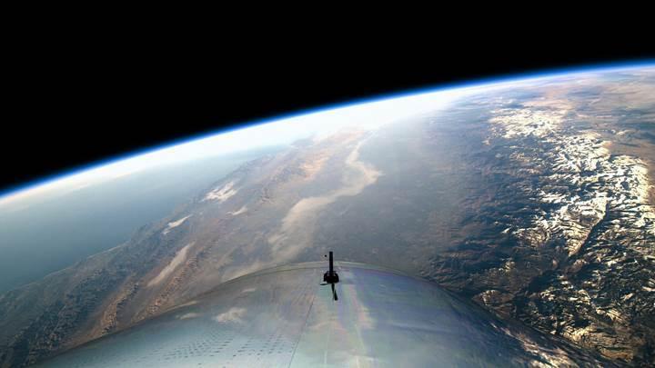 Virgin Galactic, ilk kez uzaya çıktı: İşte muhteşem görüntüler