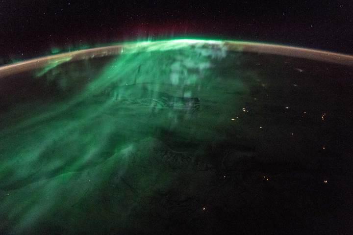 ESA'dan 4K çözünürlükte muhteşem Dünya videosu