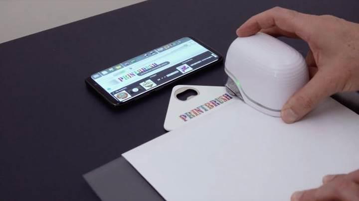 El tipi mürekkep püskürtmeli yazıcı ile her yüzeye renkli baskı yapın