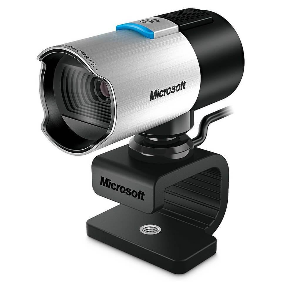Microsoft, Windows 10 ve Xbox One için web kameraları geliştiriyor