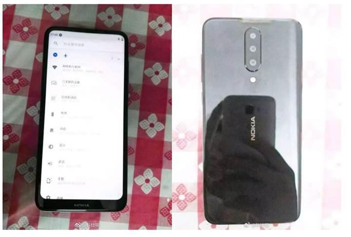Nokia'nın çentiksiz ve üç arka kameralı bir telefon tasarladığı ortaya çıktı