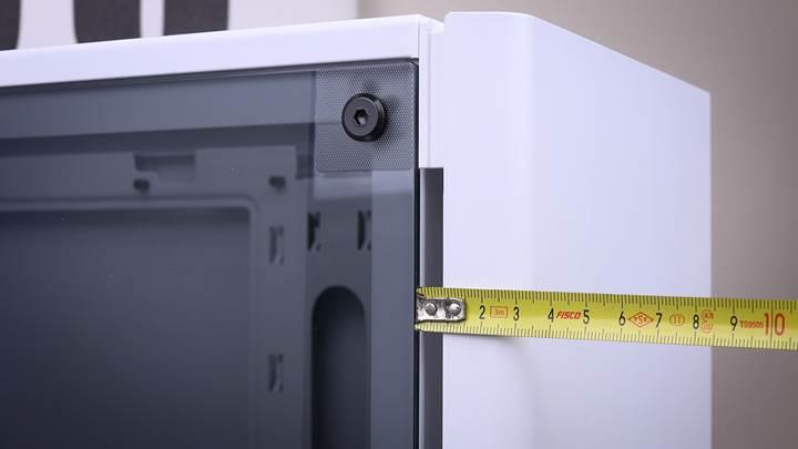 Sadelikteki şıklık? 'Corsair Carbide 275R incelemesi'