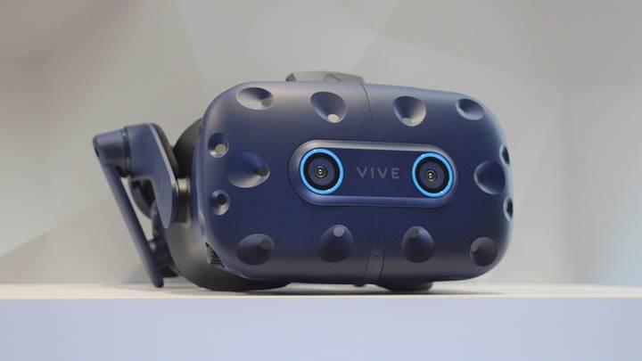 HTC Vive Pro Eye anlık göz takibi sunuyor