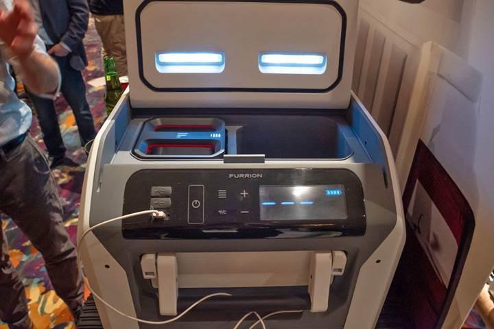 Furrion Rova kablosuz şarj özellikli soğutma dolabı tanıtıldı
