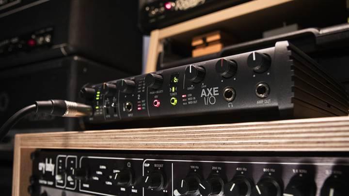 IK Multimedia yeni gitar ara birimini duyurdu