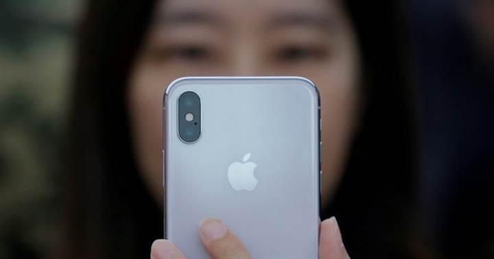 Yeni iPhone'lar, telefonu görüntü çekmek için elinize aldığınızı algılayıp kamerayı açabilir