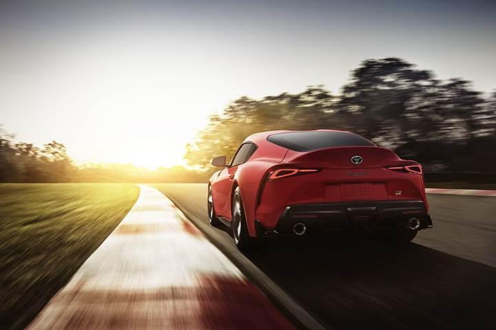 İlk 2019 Toyota Supra 2.1 milyon dolara alıcı buldu