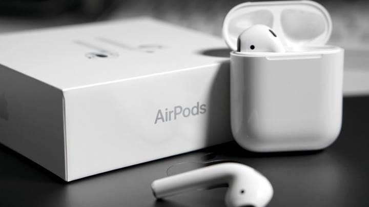 """Apple AirPods 2, """"Hey Siri"""" komutunu anlayacak"""