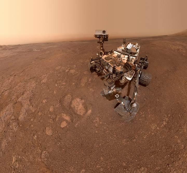 Curiosity, Mars'tan yeni bir selfie gönderdi