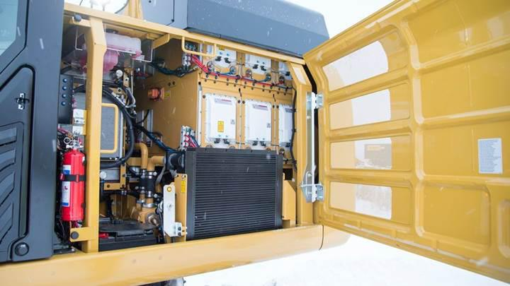 CAT, 26 tonluk elektrikli ekskavatörünü görücüye çıkardı