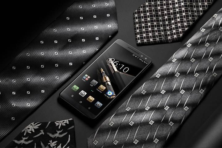 Lazer projeksiyonlu BlackView MAX1 akıllı telefonu satışa çıkıyor