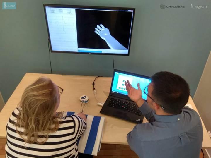 El protezinin hareket kabiliyeti ve dokunma hissiyatını artıran implant