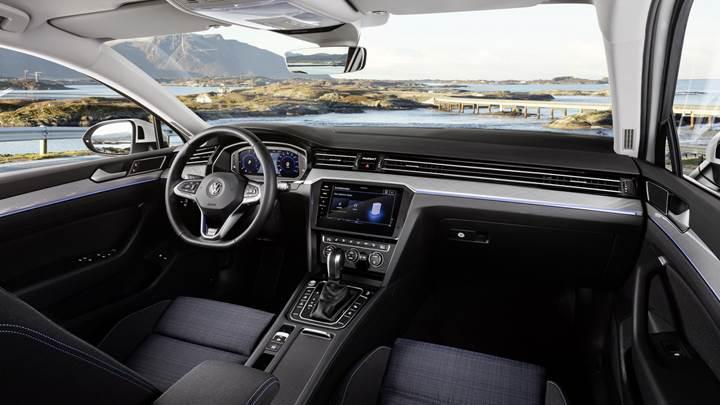 Makyajlı 2020 Volkswagen Passat tanıtıldı: Yeni motor ve teknolojiler