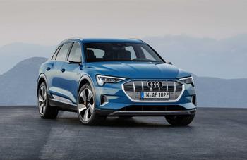 Audi E-Tron <br/>
