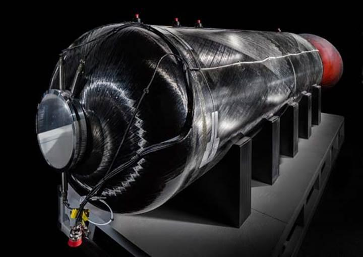 Virgin Galactic SpaceShipTwo'nun roket motorunu Smithsonian Müzesine bağışladı