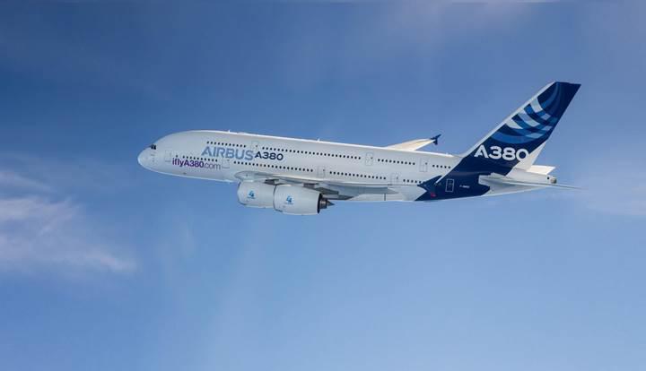 Göklerde süzülen en büyük yolcu uçağı Airbus A380'lerin üretimi durduruluyor