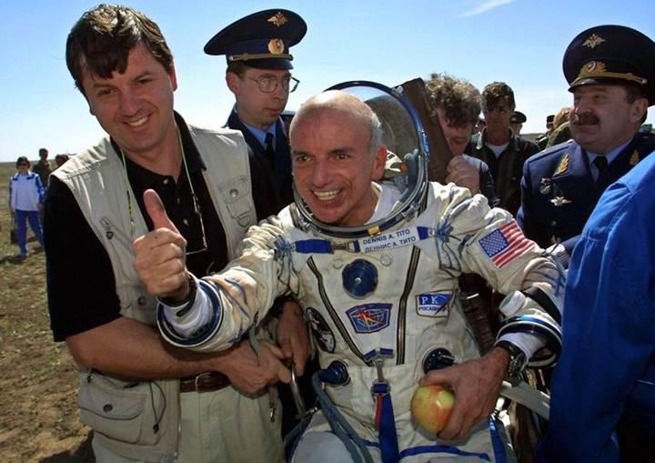 Milyarderler sıraya girdi: Rusya, ISS'e uzay turisti taşımaya başlıyor