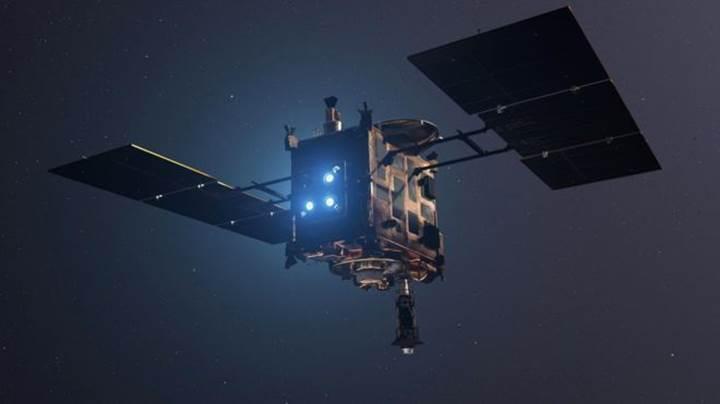 Japonya'nın uzay aracı asteroite iniş yaptı: İşte gönderdiği fotoğraf