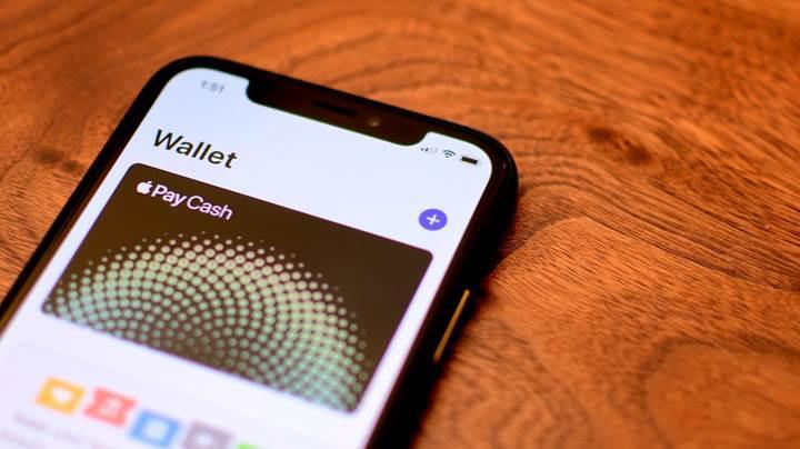 Apple, iPhone uyumlu kredi kartı üretecek
