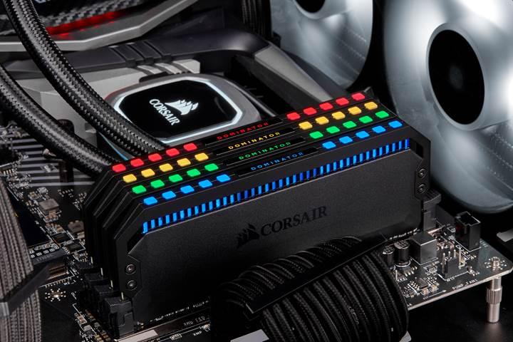 Corsair tek RAM modülüne 12 adreslenebilir LED sığdırıyor
