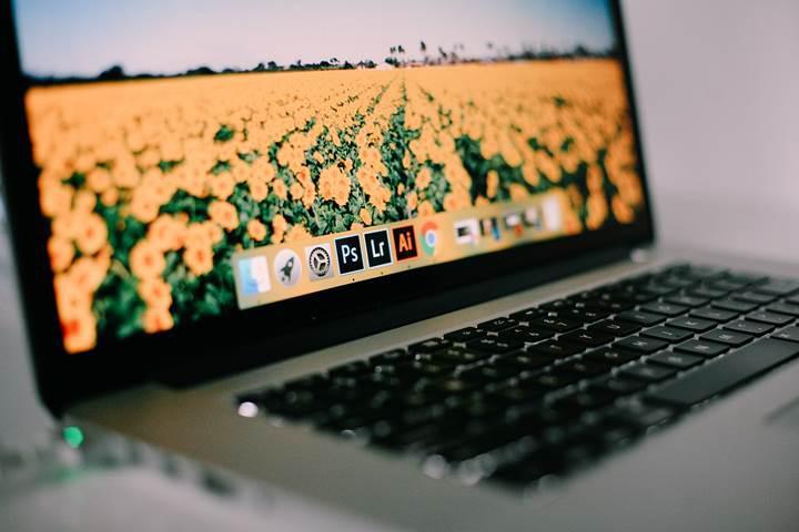 MacBook Pro hoparlörlerini patlatan Adobe Premiere Pro CC hatası düzeltildi