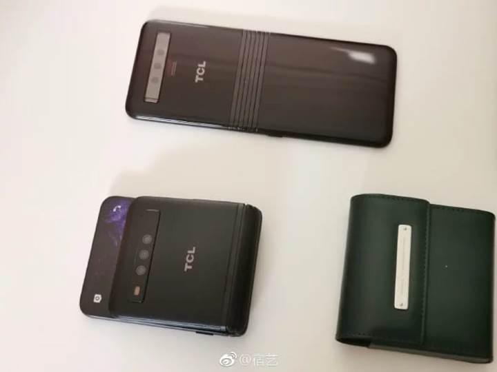 TCL, MWC 2019'da katlanabilir telefon prototiplerini sergiledi