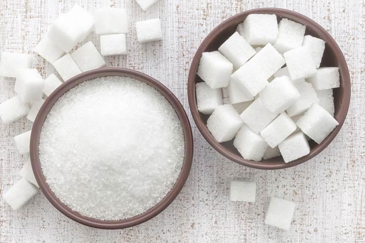 Diyabetli hastalarda kuru yemiş tüketimi kardiyovasküler hastalık riskini azaltabiliyor