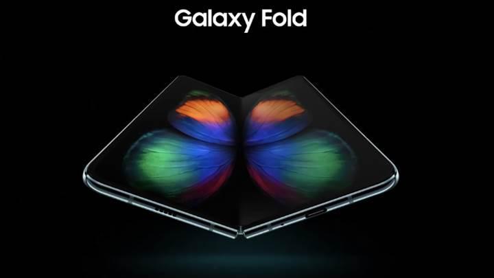 Samsung, katlanabilir Galaxy Fold'u piyasaya sınırlı sayıda sürecek