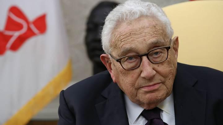Henry Kissinger: Otonom silahları kontrol altında tutmak imkânsızlaşabilir