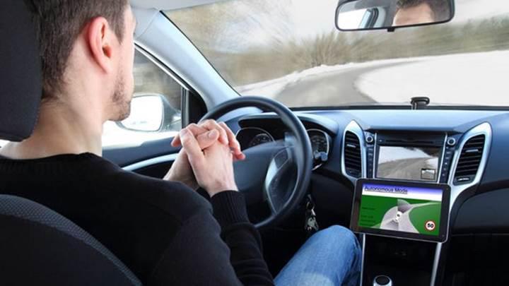 Otonom araçlar, sürücüleri tehlikelere karşı kayıtsız hale getiriyor