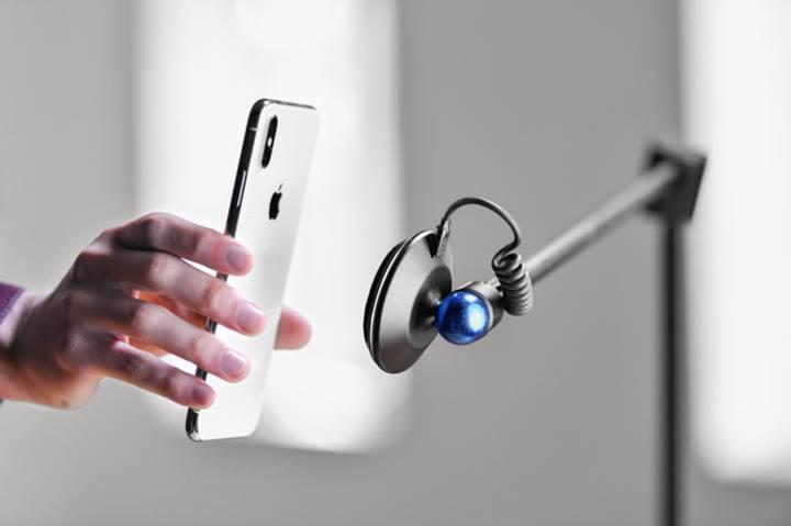 Kablosuz şarj sunan yenilikçi telefon standı destek arıyor