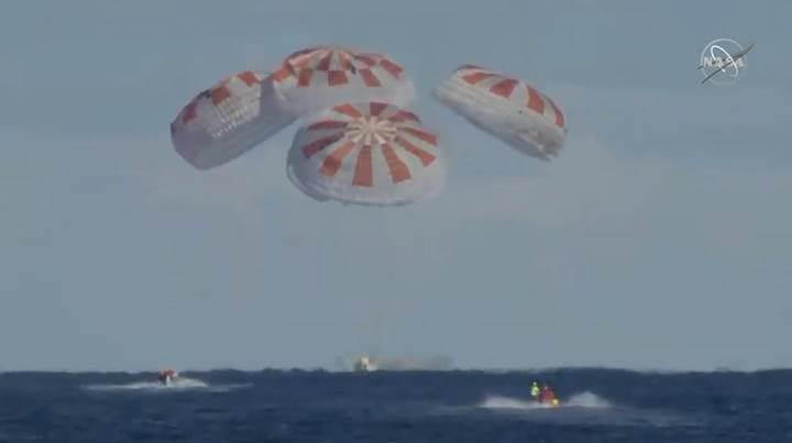 Crew Dragon Dünya'ya geri döndü: İşte iniş görüntüleri