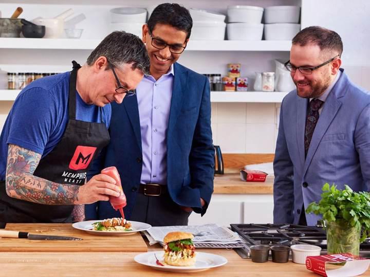 Laboratuvar ürünü etlerin CRISPR tekniğiyle üretilmesine Bill Gates'den destek