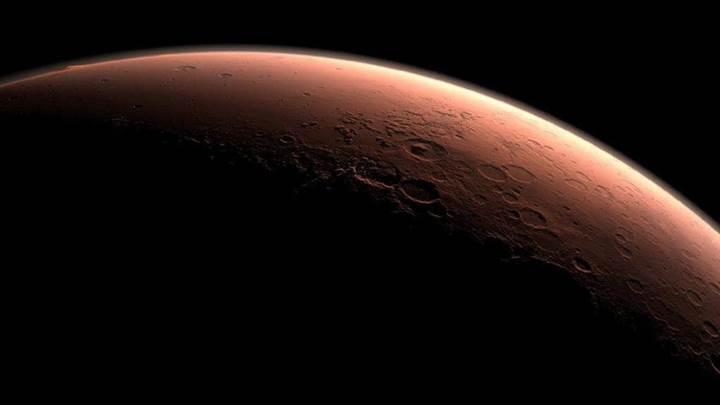 NASA, Mars'tan Dünya'ya örnek maddeler getirmek için düğmeye bastı