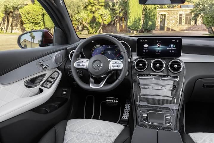2019 Mercedes Benz GLC Coupe yenilenen yüzüyle tanıtıldı