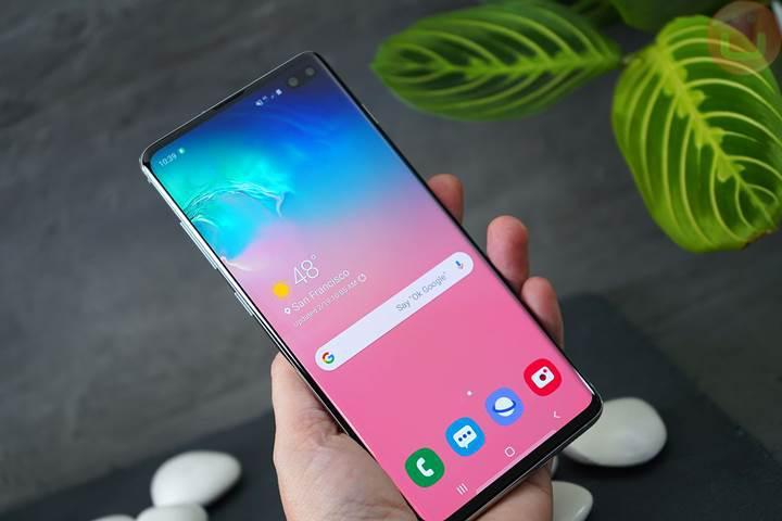 Samsung Galaxy S10 serisine yazılım güncellemesi geldi