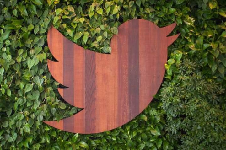 Twitter'ın mobil uygulamasına, gerçek karanlık mod geliyor