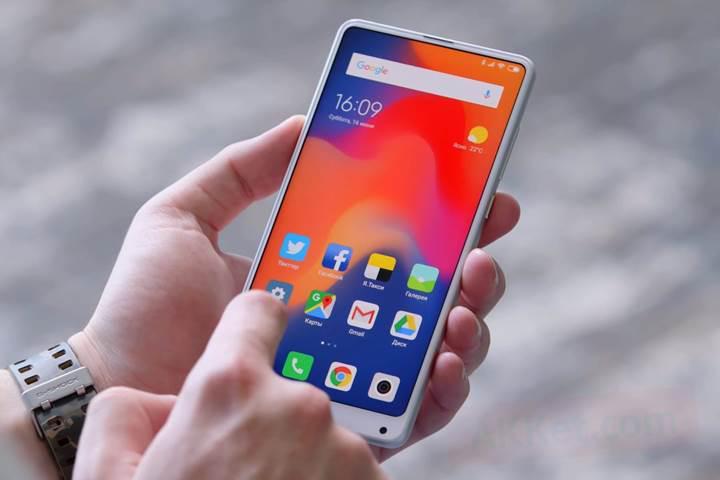 Xiaomi MIUI 11 yeni görünüm ve güç tasarrufu modu ile gelecek