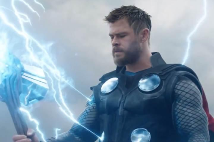 Avengers: Endgame gişede tarihi bir rekora imza atabilir