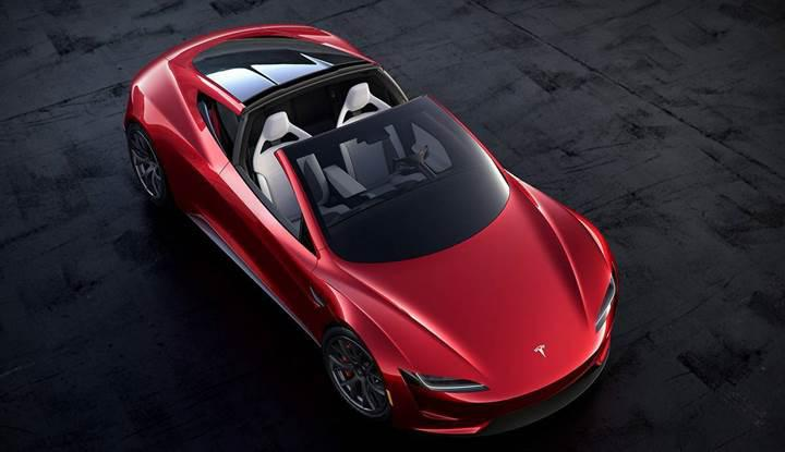Tesla'nın otomatik pilotuna, çukurdan kaçma özelliği gelebilir